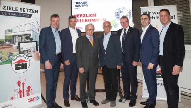 Georg Willi, Alexander Nußbaumer, Ronald Barazon, Karl Wurm, Johannes Tratter, Anton Rieder und Matthias Marth (v.l.). (Bild: Die Fotografen)