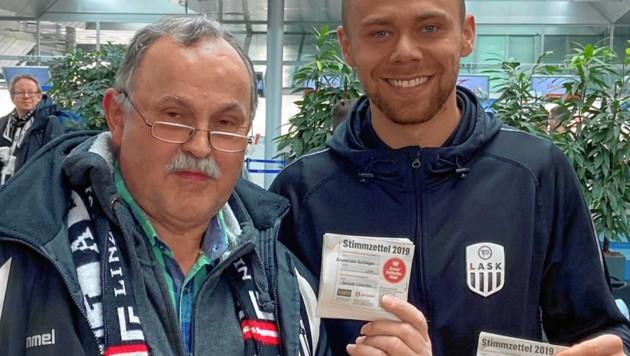 Ludwig Hehenberger traf 2019 LASK-Torhüter Alex Schlager, für den er viel sammelt. (Bild: Hehenberger)