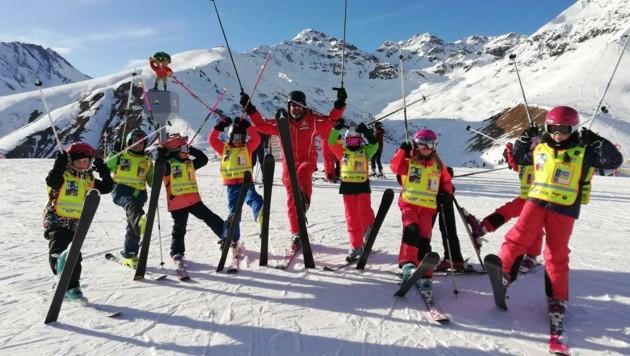 Die Assoziation Spaß und Ski soll wieder ins Unterbewusstsein der Kids (Bild: WK Landeck)