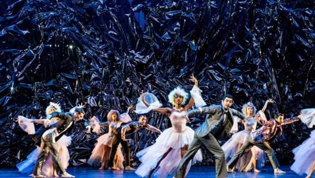 """Das Ballett """"Cinderella"""" war eines der Corona-Opfer am Theater, konnte nur kurz gespielt werden und kommt im Herbst daher wieder. (Bild: Sakher Almonem)"""