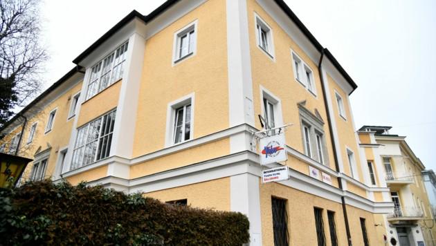 Die zweite Station des Fußballfans in Salzburg: das Yoho Hostel (Bild: APA/BARBARA GINDL)