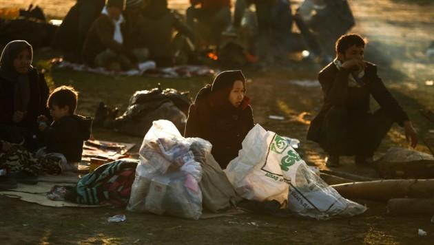 Tausende Migranten versuchen gerade im Nordwesten der Türkei die griechische Grenze zu erreichen. (Bild: AP)