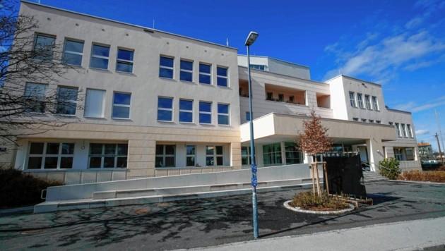 Salzburg, Musisches Gymnasium Salzburg Haunspergstraße 77 Das Musische Gymnasium Salzburg (Bild: Markus Tschepp)