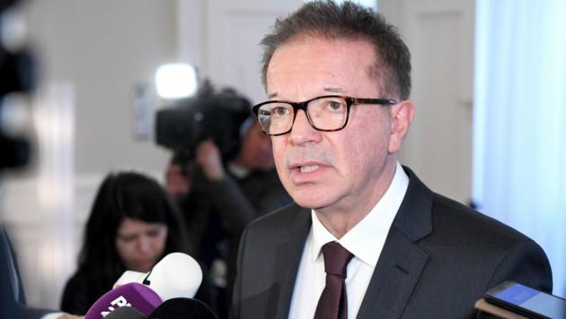 Gesundheits- und Sozialminister Rudolf Anschober (Grüne) (Bild: APA/ROLAND SCHLAGER)