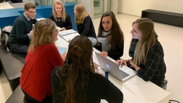 Die ÖH-Lehramtvertretungen erhielten in den vergangenen Monaten zahlreiche Anfragen von verzweifelten Studenten. (Bild: Juliana Naglmayr)