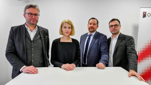 Thomas Märzinger (RK), LH-Vize Christine Haberlander, Rainer Gattringer (Primar KlinikumWels-Grieskirchen), Georg Palmisano (Landessanitätsdirektor) (Bild: © Harald Dostal)