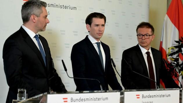Innenminister Karl Nehammer, Bundeskanzler Sebastian Kurz und Gesundheitsminister Rudolf Anschober (Bild: APA/HERBERT P. OCZERET)