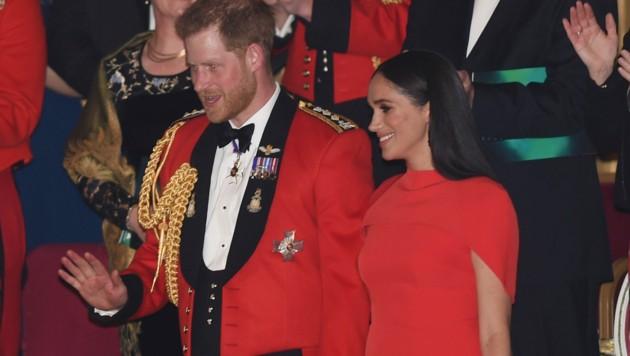 Herzogin Meghan und Prinz Harry (Bild: AP)