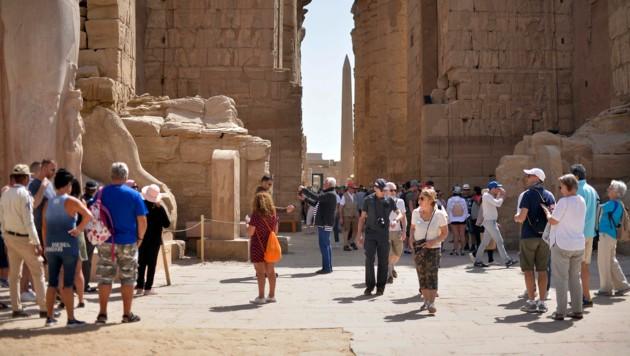 Urlaub in Zeiten des Coronavirus: Touristen am Sonntag, 8. März, im ägyptischen Luxor (Bild: AFP)