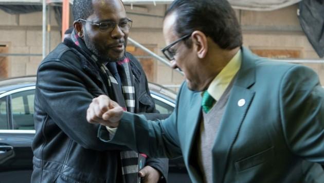 Minenminister von Guinea beim OPEC-Gipfel in Wien: Her mit dem Ellenbogen! (Bild: AFP)