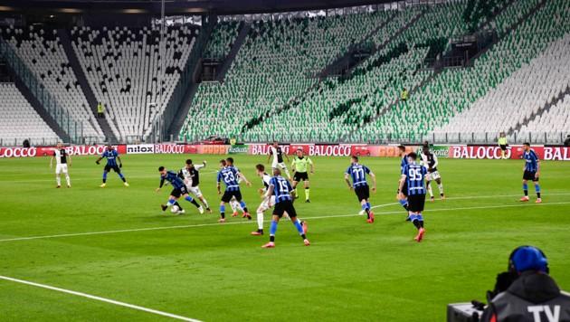 So wie beim Geisterspiel Juventus gegen Inter Mailand Anfang März wird es womöglich in der Serie A bald weitergehen – vor leeren Rängen ... (Bild: LaPresse)