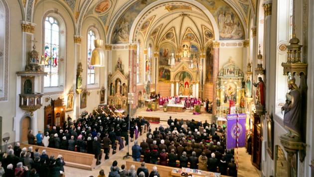 """Die Schrunser Pfarrkirche St. Jodok wurde am 8. März zum ersten """"Münster"""" Österreichs erhoben. (Bild: Dietmar Mathis )"""