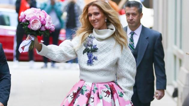 Celine Dion begeistert mit ihrem Outfit. (Bild: www.PPS.at)