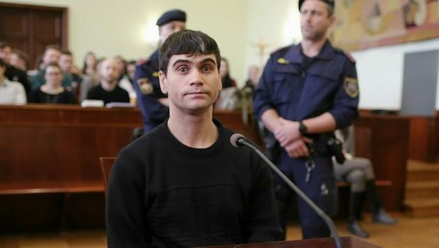 Der Angeklagte beim Prozessauftakt am 9. März (Bild: Gerhard Bartel)