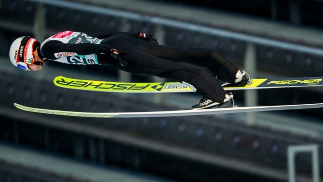 Kamil Stoch auf dem Flug zum Sieg in Lillehammer (Bild: AFP)