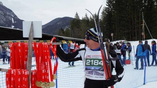 Der Ganghoferlauf war die letzte Großveranstaltung in der Olympiaregion Seefeld. Als Schutzmaßnahme gab´s Medaillen-Selbstbedienung. (Bild: Olympiaregion Seefeld)
