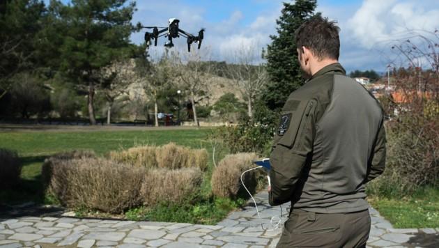 Dronen-Unterstützung aus Österreich an der griechischen Grenze (Bild: AP)