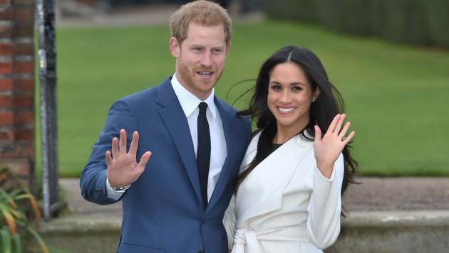 27. November 2017: Prinz Harry und Herzogin Meghan treten im Garten des Kensington-Palastes erstmals als Verlobte vor die Kamera. (Bild: www.PPS.at)