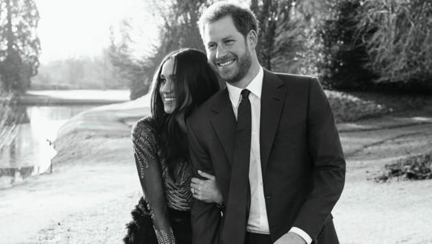 Prinz Harry und Herzogin Meghan posierten im Garten des Frogmore House in Windsor für ihre offiziellen Verlobungsfotos. (Bild: www.PPS.at)