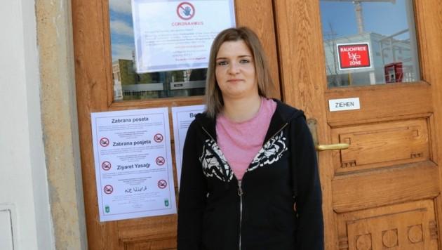 """Jeannine Gütl war zum Kontrolltermin im LKH: """"Ich habe schon etwas Bauchweh wegen des Virus."""" (Bild: Christian Jauschowetz)"""