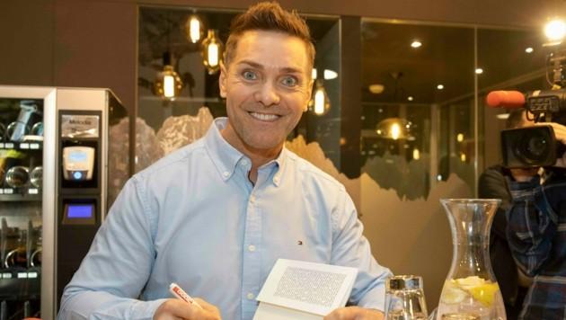 Bernd Österle präsentierte sein neues Buch. (Bild: Maurice Shourot)