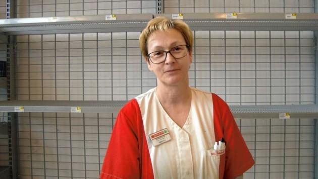 Kauffrau Elfriede Potz hat weiterhin geöffnet. (Bild: Peter Bernthaler)