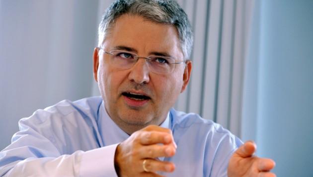 Roche-Geschäftsführer Severin Schwan (Bild: ERIC PIERMONT/AFP)