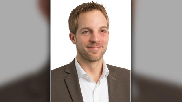 Andreas Herrmann ist Jurist beim VKI, berät Konsumenten unter anderem bei Reisefragen. (Bild: VKI, krone.at-Grafik)