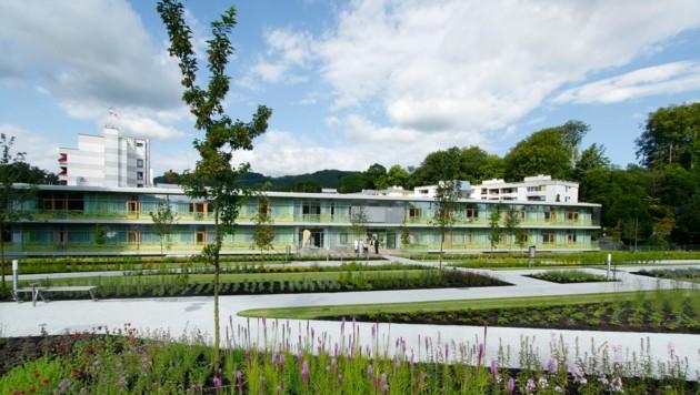 Das Salzkammergut Klinikum hat an Standort Gmunden seine Infektionsstation aktiviert. (Bild: OÖ Gesundheitsholding)