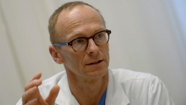 Mediziner Christoph Wenisch (Bild: APA/HERBERT PFARRHOFER)
