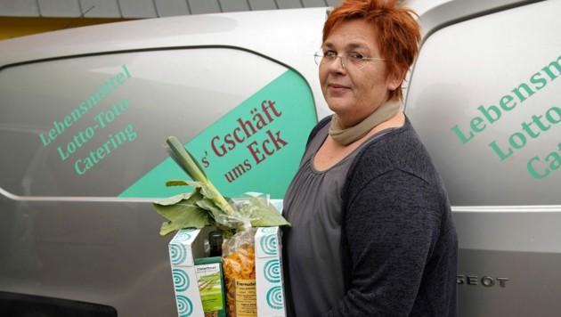 Zustellservice s`Gschäft ums Eck in Eberstalzell von Ingeborg Fürhapper. (Bild: gewefoto - Gerhard Wenzel)