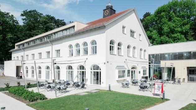 30 Zimmer werden von dem ohnehin geschlossenen Jägermayrhof in Linz zur Verfügung gestellt (Bild: OÖ AK)