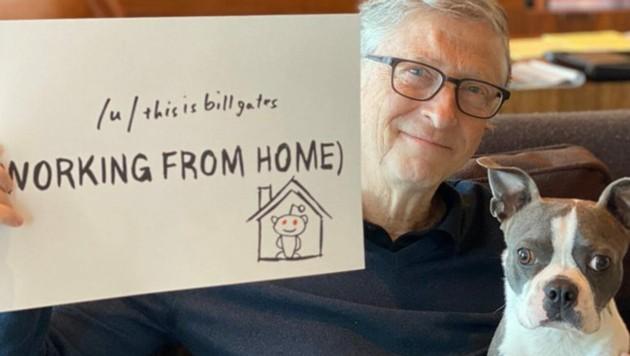 Auch Bill Gates arbeitet derzeit vom Homeoffice aus. (Bild: twitter.com/billgates)