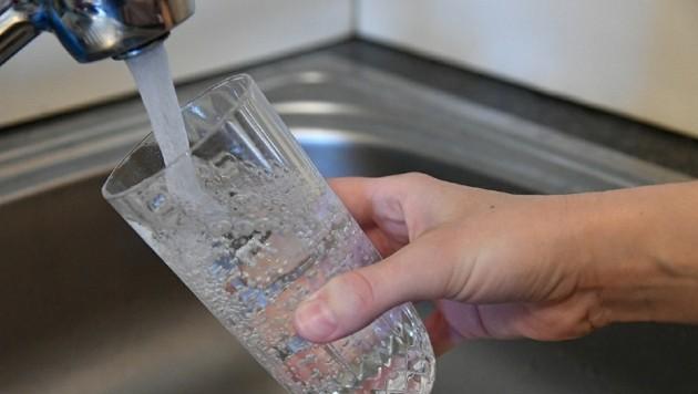 Trinkwasserressourcen sollen geschützt werden. (Bild: P. Huber)
