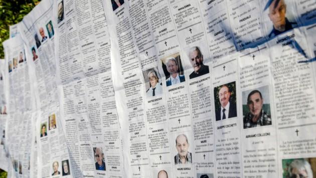 Todesanzeigen im März 2020 in einer italienischen Zeitung