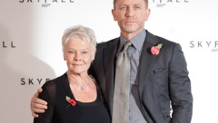 Judi Dench und Daniel Craig (Bild: AFP)