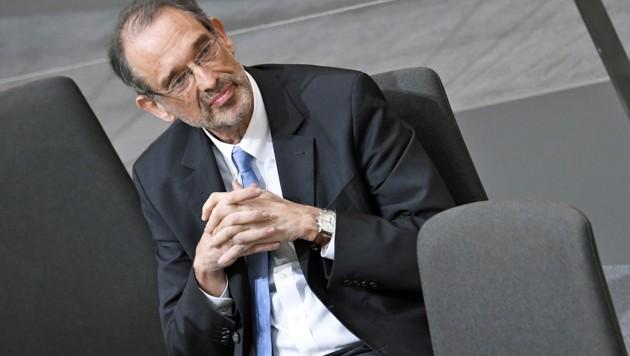 Die ÖH der Uni Salzburg nimmt Minister Faßmann in die Pflicht (Bild: APA/ROBERT JAEGER)