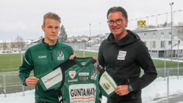 Salzburger Beiträge bei Zweitliga-Leader Ried: Marco Grüll und Coach Gerald Baumgartner (Bild: Daniel Scharinger)