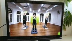 Mit Online-Kursen versuchen Fitnesstudios ihren Kunden auch in Corona-Zeiten Abwechslung zu bieten. (Bild: Vibes Fitness)
