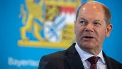 Der deutsche Finanzminister Olaf Scholz möchte die Hilfen der deutschen Regierung für die Wirtschaft noch einmal deutlich aufstocken. (Bild: AFP)