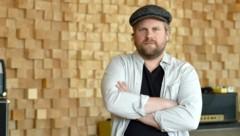 """Der deutsche Musiker Sebel wollte sich mit dem Lied """"Zusammenstehen"""" nur den Frust von der Seele schreiben. (Bild: Caroline Seidel / dpa / picturedesk.com)"""
