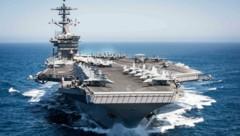 Es gibt bereits mehr als 90 Corona-Infektionen auf dem US-Flugzeugträger USS Theodore Roosevelt. (Bild: AFP)