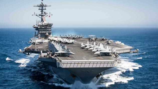 Es gibt bereits 550 Corona-Infektionen auf dem US-Flugzeugträger USS Theodore Roosevelt. (Bild: AFP)