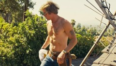 """Brad Pitt oben ohne in """"Once Upon A Time ... In Hollywood"""" (Bild: Viennareport)"""