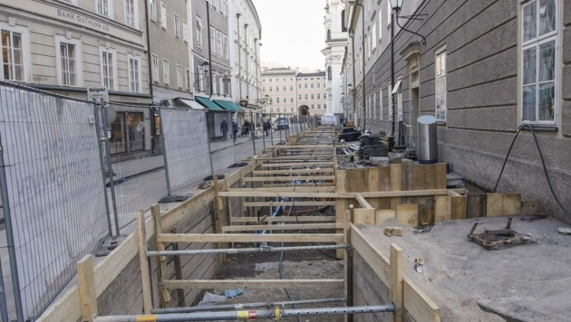 Baustellen in der Innenstadt – wie jene am Universitätsplatz – könnten auch im Sommer durchgeführt werden, sollten Touristen ausbleiben. (Bild: Tschepp Markus)