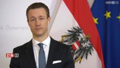 """Finanzminister Gernot Blümel (ÖVP) in der """"ZiB 2"""" (Bild: ORF)"""