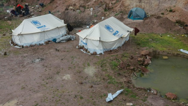 Flüchtlinge in einem Lager auf der griechischen Insel Lesbos (Bild: AFP)