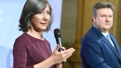 Wiens Vizebürgermeisterin Birgit Hebein (Grüne) und Bürgermeister Michael Ludwig (SPÖ) (Bild: APA/ROLAND SCHLAGER)