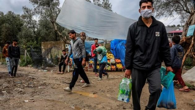 Das berüchtigte Flüchtlingslager Moria auf der griechischen Ägäisinsel Lesbos: Griechenland rechnet bald wieder mit mehr Ankünften von Flüchtlingen aus der Türkei. (Bild: AFP)