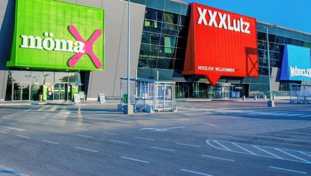 In Österreich werden die Geschäfte schrittweise geöffnet: Elektroketten und Einkaufszentren sehen sich im Nachteil. (Bild: XXXLutz/© atelier schiffleitner 2018)